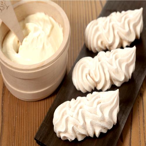 meringues-double-creme